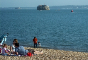 palmerstons-follies-in-the-solent-looking-toward-iow